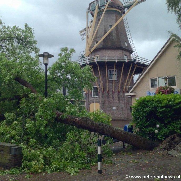 Zijdstraat / molenvliet Aalsmeer, foto @RichardBreur1