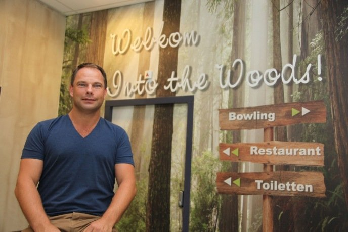 Antoine Post in het nieuwe bowlingcentrum