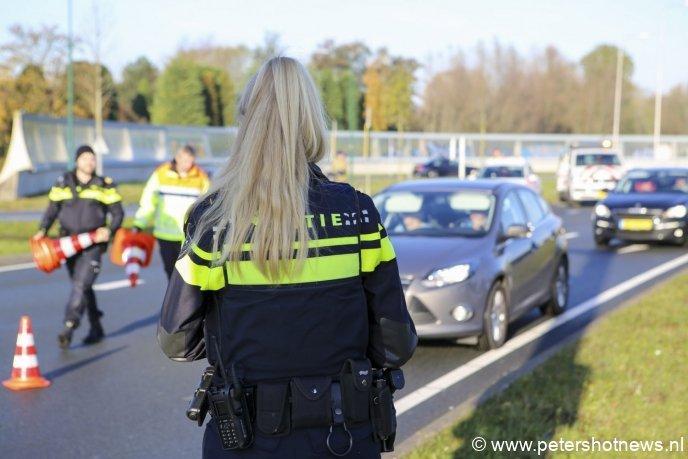 Agente controleerde op handsfree bellen en gordels direct.