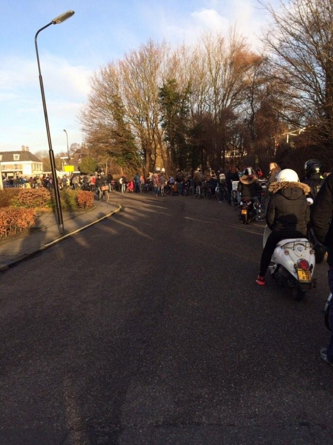 Fietser lopen veel vertraging op. Foto via Twitter @elnurse