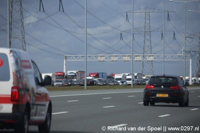 Lange file op de A2 richting Utrecht