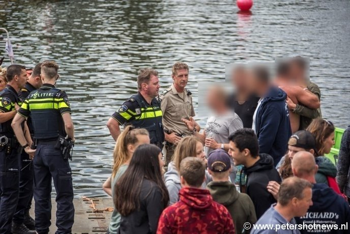 Politie spreekt met getuigen