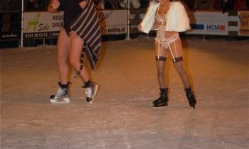 Fashion-on-Ice29